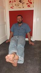DSCF6699 (rugby#9) Tags: door people feet wall shirt belt floor jeans barefoot barefeet levis blackbelt 501s denimshirt shortsleeveshirt levijeans levi501s 501jeans levi501 denimshortsleeveshirt