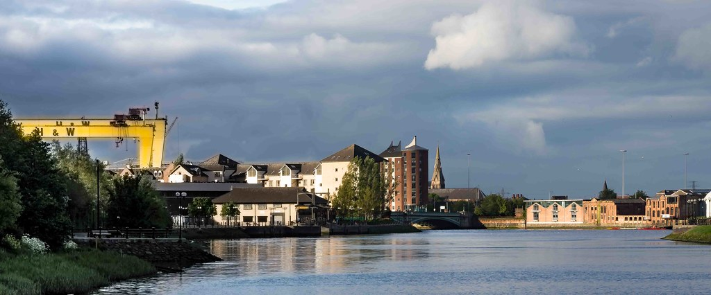A WALK ALONG THE LAGAN TOWPATH [BELFAST]-108966