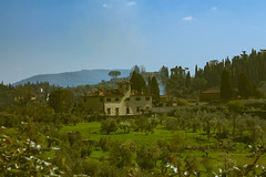 Hill with a view (ade1201) Tags: landscape italy boboli view nature florencia firenze house isolation green