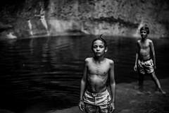 L't au Pain de Sucre (PaxaMik) Tags: noiretblanc noir nb rivire river cascade baignade baigneur t summertime summer enfance nager