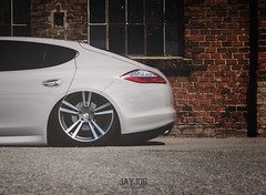 PORSCHE PANAMERA (JAYJOE.MEDIA) Tags: porsche panamera low lower lowered lowlife stance stanced bagged airride static slammed wheelwhore