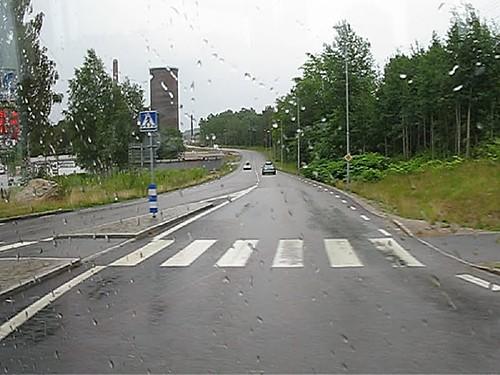 Buss 550 passerar Bäckeskogsgatan, Borås, 2009