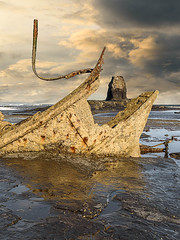 black nab (51 of 120)-Edit.jpg (stephentucker558) Tags: whitby rocks shipwreck beach