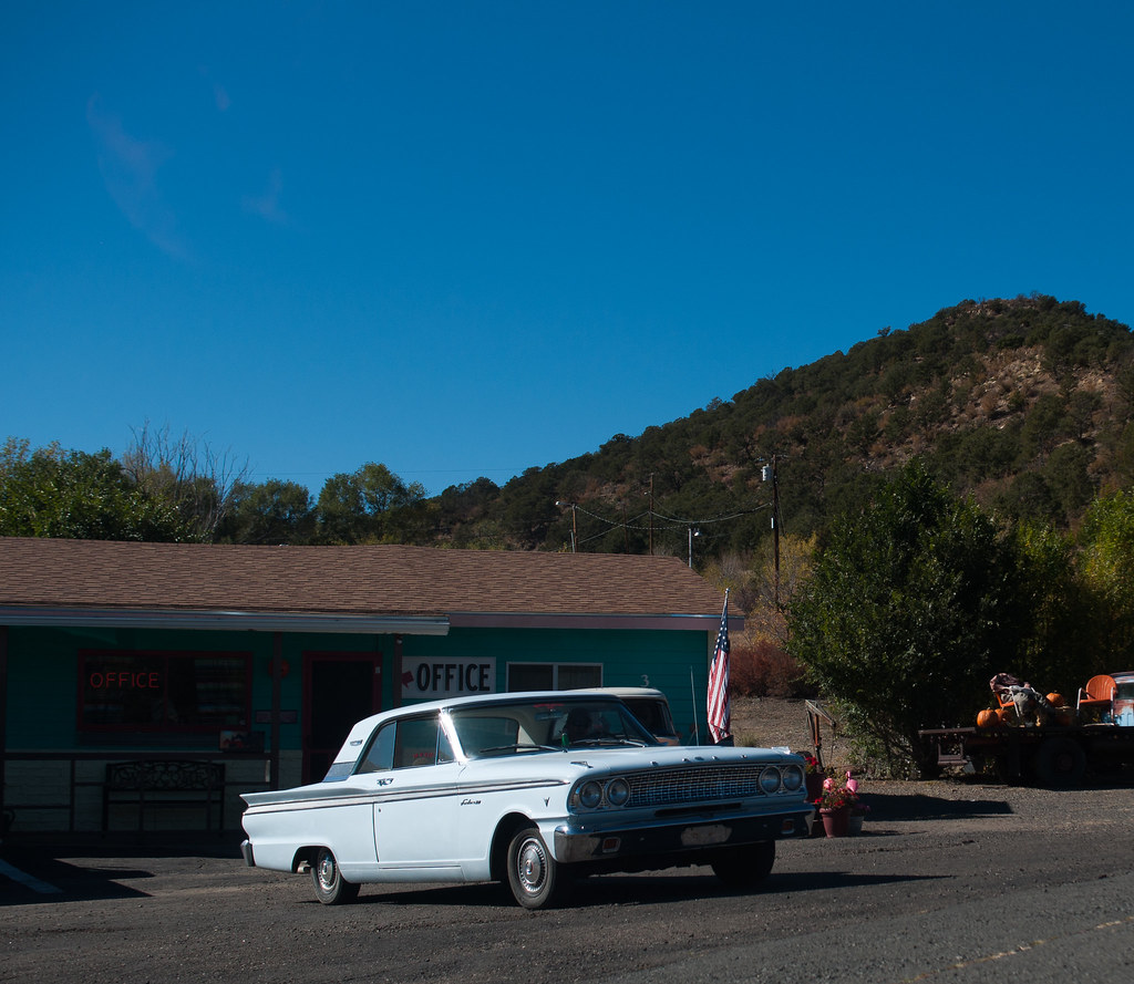 The world 39 s best photos of 1963 and fairlane flickr hive for Raton pass motor inn