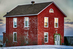 Ready for Christmas (Danny VB) Tags: merrychristmas christmas readyforchristmas noel navidad gaspesie red redhouse dannyboy canon eos 6d canon6d quebec canada winter snow cold hiver zima