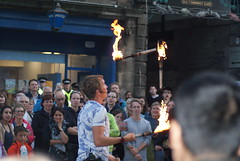 Street Performer, Edinburgh Festival Fringe (Secondcity) Tags: streetperformer edinburgh edinburghfestivalfringe royalmile highstreet