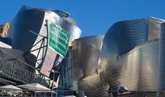 Guggenheim (Inapapel) Tags: bizkaia olympus bilbo guggenheim titanio europe architecture icono