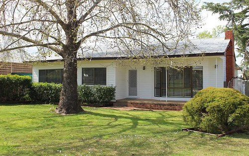 10 Birch Ave, Leeton NSW 2705