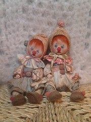 ~*Tattered Clown Sisters (ElfinHugs) Tags: oneofakind ooak miniature clown art doll distressed shabby