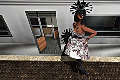 BeautifulPeople (reigncongrejo) Tags: glamorize empire foxy kungler jumo moderncouture dare