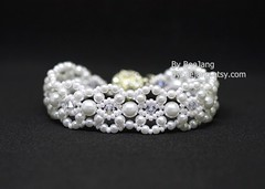 Pearly Bracelet (BeeJang - Piratchada) Tags: beadweaving beadwork beading pearl white bridal jewelry handmade bracelet swarovski crystal