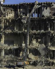 CrestWoodMallDemolition_SAF7502 (sara97) Tags: constructionequipment copyright©2016saraannefinke crestwoodmall demolition heavyequipment missouri outdoors photobysaraannefinke saintlouis