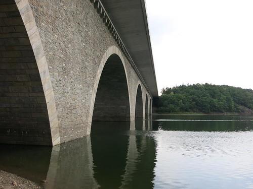 A72 Talbrücke Pöhl bei Neuensand Juli 2015_048