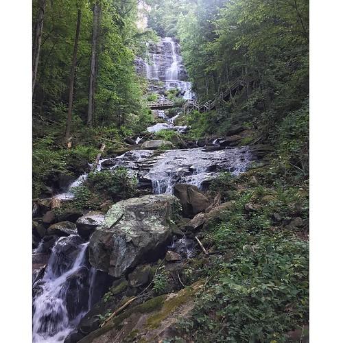 The falls!  #amicalolafalls #trailrunning #waterfall