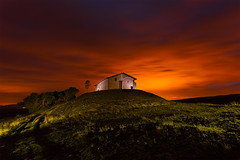 Ermita de Beolarra (Alfredo.Ruiz) Tags: canon noche amanecer alava ermita ef1740 eos6d alavavision markinez chicosdelalba beolarra