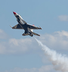 2015 Best JSOH Pictures (22) (maskirovka77) Tags: andrews f16 f22 thunderbirds airforce warbirds picks warbird stunts aerobatics afb airforcebase jsoh jointserviceopenhouse