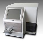 遺伝子解析装置の写真