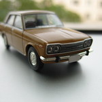 LV-138a 1/64 DATSUN BLUEBIRD 1800 SSS 1970 (Orange)