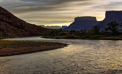 Colorado River - Sunrise - Moab UT (JohnColeUSA) Tags: river utah ut sandstone colorado rocks perspective moab archesnationalpark americanwest southwestusa scurve
