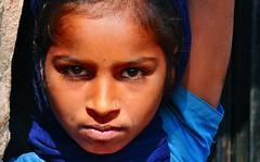 India-Gujarat-Chandrana village (Explore) (venturidonatella) Tags: portrait people india children eyes nikon asia faces persone explore occhi sguardo ritratto gentes gujarat d300 volto popoli visi indianchildren nikond300 chandrana chandranavillage