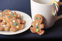 Merry Christmas (catherine4077) Tags: christmas cup holidays december merry candycanes gingerbreadmen december25