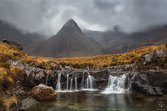 Fairy Pools (Antonio Carrillo (Ancalop)) Tags: mountains skye sunshine canon scotland waterfall isleofskye escocia amanecer 1740mm montaas ecosse glenbrittle canon1740mmf4l fairypools antoniocarrillo highlads canon5dmarkii ancalop