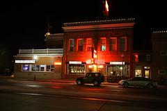 Irma Hotel (wyojones) Tags: history neon christmaslights wyoming np cody americanwest streer nationalregistryofhistoricplaces irmahotel sheridanave williamfcody wyojones irmagrill bighornbasinhistory parkcountyhistory buffallobil codydowntown silversaddlesallon