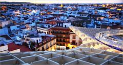Sur le Metropol Parasol, Sevilla, Andalucia, Espana (claude lina) Tags: claudelina espana spain espagne andalucia andalousie city town ville architecture sevilla sville metropolparasol