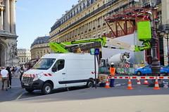 Paris Renault Trafic 12.9.2016 3689 (orangevolvobusdriver4u) Tags: 2016 archiv2016 france frankreich paris placedelopera van lieferwagen renaulttrafic renault trafic