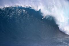 IMG_1980 copy (Aaron Lynton) Tags: surfing lyntonproductions canon 7d maui hawaii surf peahi jaws wsl big wave xxl