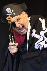Avast there ! 152-366 (9) ( Georgie R) Tags: pirate jollyroger