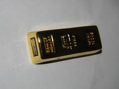 Gold bar USB sticks (Ian Dennis) Tags: bar gold sticks usb