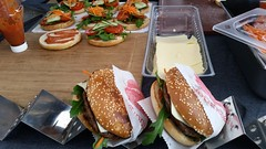 "#hummercatering #tag 2 = noch einmal 1000 #Burger.  #Garant #rheda-wiedenbrück #A2Forum #mobile #bbq #grill #Burger #Event #Kongress #Messe #Business #Catering #service  http://goo.gl/lM2PHl • <a style=""font-size:0.8em;"" href=""http://www.flickr.com/photos/69233503@N08/22249270734/"" target=""_blank"">View on Flickr</a>"