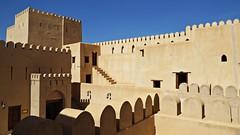 Nizwa Fort (h0n3yb33z) Tags: sunshine 17thcentury warmth oman 12thcentury nizwafort