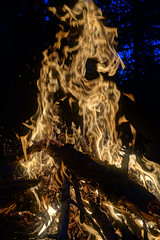 """lagerfeuer • <a style=""""font-size:0.8em;"""" href=""""http://www.flickr.com/photos/137809870@N02/22660117283/"""" target=""""_blank"""">View on Flickr</a>"""