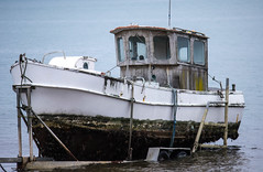 IMG_2773b.jpg (ImagineIT Photography) Tags: old sea beach nature water coast boat other marine ship