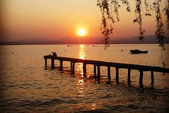 Lago di Garda (Vale Noise) Tags: sunset orange lake water relax lago garda tramonto natura sole acqua bigcalm arancio