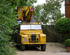 RPM 124G (Nivek.Old.Gold) Tags: cherrypicker crane rover land series 1968 109 2a