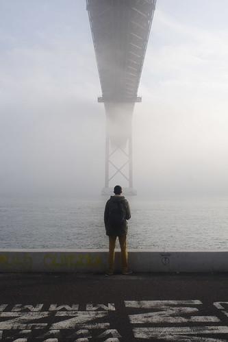 Lisboa sob neblina