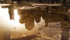 Reflejo mezquita (Sacule) Tags: africa old travel sunset brown sun reflection luz silhouette architecture contrast canon puddle temple islam religion egypt mosque powershot traveller cairo arab backpack reflejo mezquita marble egipto decayed flickrelite world100f