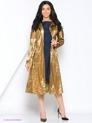 Wet Look Raincoat (betrenchcoated) Tags: wetlook patenettrench patentcoat lackmantel raincoat regenmantel regenjacke beautifulgirl