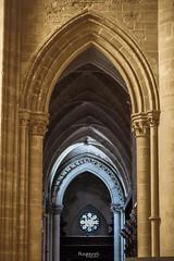 Catedral de Cuenca (3) (raperol) Tags: catedral cuenca 5dsr 2016 arquitectura detalle edificios interiores luz contraste