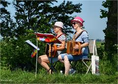 Music! (Hindrik S) Tags: music accorden accordeon mucisian muzikant muziek muzyk ladies berm grass gers gras bank tree beam boom joy nocht wille women vrouwen froulju slachte slachtemaraton kuierje wandelen 2016 sonyphotographing sony sonyalpha a57 57 slta57 tamron tamron16300 tamronaf16300mmf3563dillvcpzdmacrob016