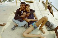 Varanasi by the ghats - U05-03.2006.red (Niels R.) Tags: langot langota varanasi benares boy