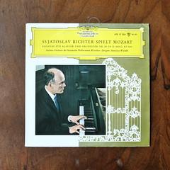 Mozart - Piano Concerto No.20 KV466 - Sviatoslav Richter Piano, Nat. Phil. SO, Stanislav Wislocki, DGG LPE 17 226, 10 inch, 1963 (Piano Piano!) Tags: lp record album disc langspielplatte grommofoon plaat 12 inch art cover sleeve hulle disque vynil vinyl mozartpianoconcertono20kv466sviatoslavrichterpiano natphilso stanislavwislocki dgglpe17226 10inch 1963