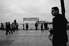 spi_001 (la_imagen) Tags: türkei turkey türkiye turquía istanbul istanbullovers kadiköy sokak sw bw blackandwhite siyahbeyaz street streetandsituation streetlife strasenfotografieistkeinverbrechen monochrome streetphotography menschen people insan bosporus bosphorus boğaz