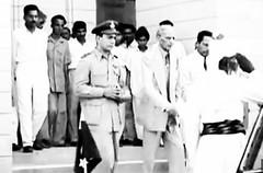 Governor General Jinnah walks to his car (Doc Kazi) Tags: india pakistan history partition independence mountbatten nehru jinnah liaquat baldev kripalani radcliffe din mohammad munir judges burma