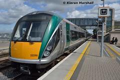 22058 at Portlaoise, 21/8/15 (hurricanemk1c) Tags: irish train rail railway trains railways irishrail rok rotem portlaoise 2015 icr iarnród 22000 22058 éireann iarnródéireann 3pce 1120heustonportlaoise