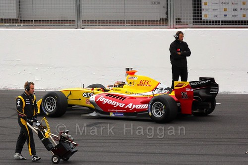Sean Gelael on the Grid for the Formula Renault 3.5 Saturday Race at Silverstone