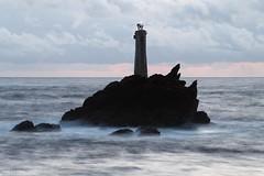 Un soir  Pern, phare de Nividic (gaelkervarec) Tags: sea mer lighthouse brittany bretagne soir nuit phare pern finistere ouessant iroise ushant nividic